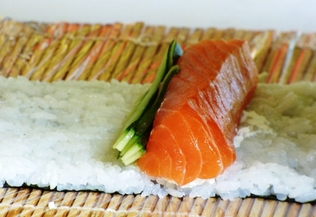 6 Ways To Roll Sushi Without Using A Mat